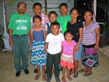 luis-elizabeth-tiul-family-1